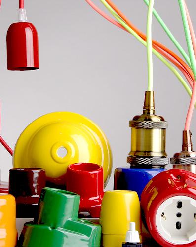 Componenti per impianti e lampadari in porcellana